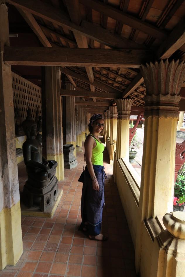 Sisaket temple Vientiane charlieandgrr