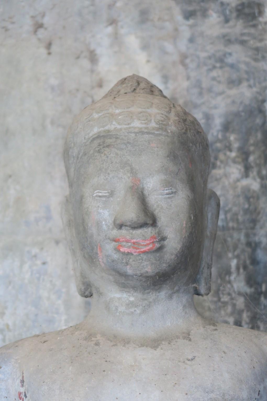bouddah_angkor_vat_lipstick