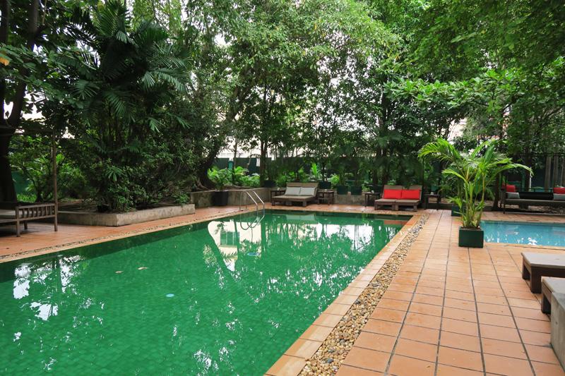 kabiki_cambodia_pool