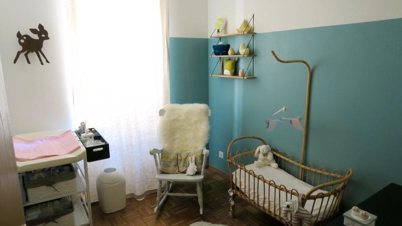 la chambre de b b l. Black Bedroom Furniture Sets. Home Design Ideas